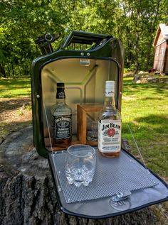 Gas Can Wall Mounted Bar with Lock Made from Metal Jerry Can Made to Hang on Wall Jerry Can Mini Bar, Cool Works, Wall Mounted Bar, Liquor Dispenser, Bar Led, Jim Beam, Metal Projects, Custom Furniture, Crates