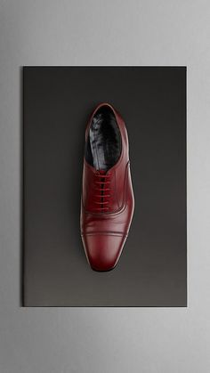 Burberry Prorsum Polished Leather Lace-Ups in Burgundy. MUST. HAVE.