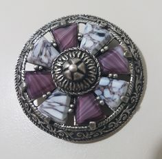 """Miracle Vintage Scottish Celtic Shield Brooch - pewter & """"agate style"""" glass"""