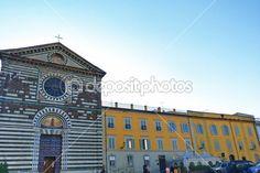 St. Francis square, Prato, Tuscany, Italy — Stock Photo