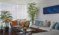 O Bambu Mossô ajuda a montar um ambiente descontraído. A decoração do apartamento é feita pela arquiteta Leila Dionizios