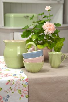 Mynte Stoneware by Ib Laursen, summertime... Apple Green jug, mug, and müslibowl goes well together with the colors English Rose and Nordic Sky.