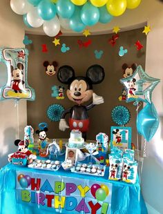 Mickey Mouse Birthday Party Ideas | Photo 1 of 15