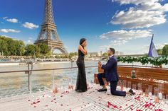 How to Propose to a Girl—Eiffel Tower Surprise Proposal Wedding Proposals, Marriage Proposals, Paris Engagement Photos, Engagement Ideas, Wedding Engagement, Proposal Pictures, Proposal Ideas, Wedding Pictures, Seine River Cruise