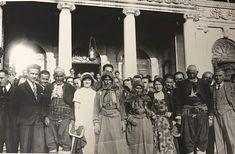 #Karakeçili Aşireti mensupları I. Dil Kurultayı için geldikleri Dolmabahçe Sarayı'nda. Sene 1932...
