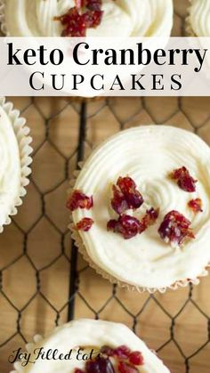 Keto Cranberry Bliss Cupcakes Low Carb Gluten Free Sugar Free THM S Grain Free Tender yellow cake filled with cranberry sauce and topped with cream cheese icing These c. Sugar Free Desserts, Low Carb Desserts, Cupcake Recipes, Low Carb Recipes, Dessert Recipes, Dessert Ideas, Banting Recipes, Cupcake Ideas, Cookie Ideas
