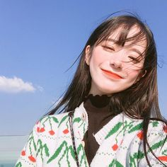 ulzzang girl girls woman women aesthetic korean japanese chinese beauty pretty beautiful lifestyle ethereal beauty girls east asian minimalistic grunge soft pastel light cute adorable 울짱 여자 r o s i e