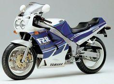 1989 Yamaha FZR 750R Genesis