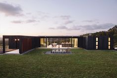 Fairytale vintage lodge in the woods, to modern container home high on a hilltop. Style At Home, Building A Container Home, Container Houses, Casas Containers, Container Architecture, Modular Homes, Design Blogs, Modern House Design, Home Fashion