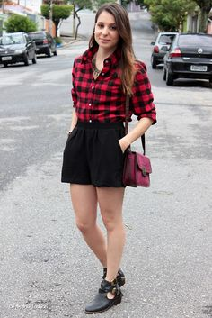 Get this look: http://lb.nu/look/6183697  More looks by Raquel Regini: http://lb.nu/derepentefashion  Items in this look:  Emme Shorts, Red Plaid Shirt
