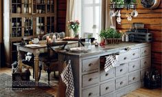Bilderesultat for home & cottage Rustic Kitchen, Kitchen Dining, Dining Room, Cabins And Cottages, Grey Cabinets, Cozy House, My Dream Home, Country Style, Sweet Home