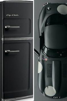 Luxury Lifestyle : Retro Big Chill fridges inspired by retro classic motors. Modern Refrigerators, Retro Appliances, Kitchen Appliances, Retro Refrigerator, Retro Fridge, Big Chill, Ed Design, Black Luxury, Classic Motors