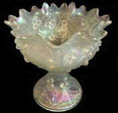 Northwood White Carnival Glass Acorn Burrs Punch Bowl