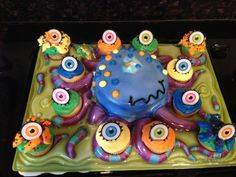 Monster Bash - Monster Cake and Eyeball Cupcakes Scary Monsters, Monster Party, Birthday Cake, Cupcakes, Desserts, Food, Tailgate Desserts, Cupcake Cakes, Deserts