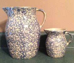 TWO R R P CO Roseville OH Blue Spongeware Stoneware Pitchers | eBay