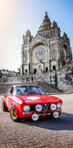 Alfa Romeo's Sports Sedan is a Future Classic: HagertyThe 2017 Alfa Romeo Giulia Quadrifoglio has Alfa Romeo Junior, Alfa Romeo Cars, Alfa Romeo Gtv6, Alfa Romeo Giulia, Alpha Romeo, Sports Sedan, Rally Car, Amazing Cars, Rolls Royce