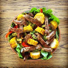 The beef 'fajita' salad with Mexican spiced corn! #iqs8wp