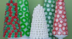 A quick Christmas gift idea: Make a Christmas Candy Bouquet Hostess Gifts, Holiday Gifts, Holiday Decor, Holiday Ideas, Christmas Candy, Christmas Gifts, Christmas Decorations, Candy Trees, Santa Claus Is Coming To Town