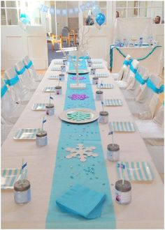 Ice Queen Party for kids - deco, desserts & crafting ideas - Ice Queen – Frozen – Party Thank you for this nice idea for the next ice queen birthday party! Frozen Birthday Party, Disney Frozen Party, Frozen Theme Party, Birthday Party Tables, 2nd Birthday Parties, Birthday Party Decorations, Frozen Table Decorations, Frozen Frozen, Frozen Party Table