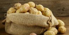Comment peler une pomme de terre en 5 secondes sans couteau