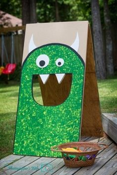 Throw a monster party! Create a simple monster bean bag toss. This would be adorable for a kids or Halloween party! A cheap and easy way to have fun. Use our logo monster! Diy Halloween Party, Halloween Tags, Halloween Birthday, Holidays Halloween, Halloween Crafts, Halloween Decorations, Halloween Carnival Games, Diy Party, Trendy Halloween