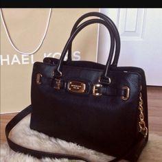 Michael kors large black bag Pre loved Black leather MK bag with gold hardware . Michael Kors Bags