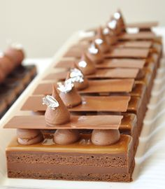 plated desserts rectangle # * plated desserts rectangle , quinoa spinach , gf desserts glutenfree , quinoa plant , kitchen remodel before and after Elegant Desserts, French Desserts, Sweet Recipes, Cake Recipes, Dessert Recipes, Gourmet Desserts, Plated Desserts, Chocolate Caramels, Chocolate Desserts