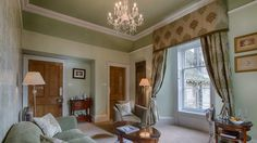 Kingsmuir House B&B Peebles, Scottish Borders | Scotland's Best #kingsmuirhouse #scotland bedandbreakfast #peebles #bedroom #curtains #pelmet #chandalier