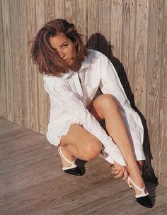 Christy Turlington in Perry Ellis Shoes Vogue US, December 1989