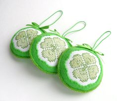 Set of 3 Felt Clover Ornaments 4 Leaf Clover by HandmadeByHelga