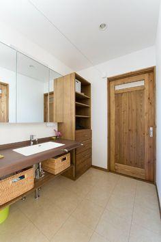 洗面台 Cuba, Japanese House, Washroom, Home Renovation, Powder Room, House Plans, Entryway, Doors, Storage