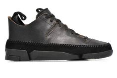 Clarks Originals Trigenic Flex M Trainers view from the right