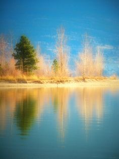 ✮ Sunoka Beach, Summerland BC Canada...it is a lovely area, with wineries, and a surprising amount of water.