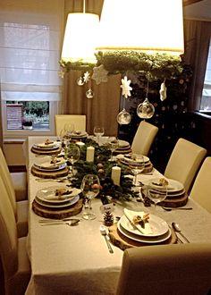 Mój prawie perfekcyjny,  świąteczny stół ;) po więcej zdjęć zapraszam na www.prawie-perfekcyjna-pani-domu.blogspot.com