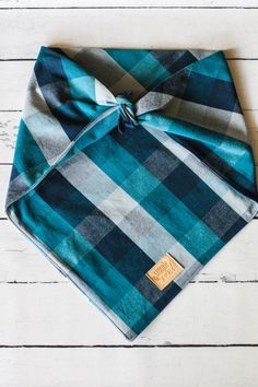If you are looking for a unique bandana for your best canine friend, this is it. Made from durable cotton duck, specially imported from India, it is designed to last many many trips to the dog park and hours of playing. There is something so classic about its buffalo check pattern and its rich colors. The beauty of a traditional tie on bandana is that it is easily removable. They are great for dogs who may not wear collars and the sizing tends to be less complicated than over the collar…