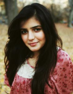 """Momina Mustehsan is the girl of """"Pee Jaun"""" a song by Farhan Saeed has created a sensation in the music world. She has completed her A Level from Lahore Grammar School in Lahore and has done Genetic and Tissue Engineering (Biomedical Engineering). Just Beauty, True Beauty, Pakistani Actress, Celebs, Celebrities, Beauty Queens, Celebrity Pictures, Pretty Face, Girl Crushes"""