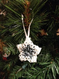 Rainbow Loom Star Ornament see more at www.facebook.com/crowleycrafts