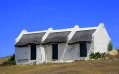 This photo from Western Cape, West is titled 'White Cottages'. Pioneer House, Landscape Paintings, Landscapes, Fishermans Cottage, Cape Dutch, African House, Dutch House, Beautiful Nature Pictures, White Cottage