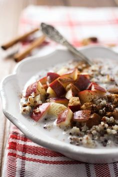 This Apple Cinnamon Quinoa Breakfast Bowl is so easy to put together that I don't even call it a recipe. It's more of a healthy breakfast idea. This breakfast dish is very filling and full of plant protein, fiber, healthy fat, vitamins, and nutrients. Good Healthy Snacks, Easy Healthy Breakfast, Healthy Eating Recipes, Vegan Breakfast Recipes, Cooking Recipes, Sweets Recipes, Healthy Salads, Quinoa Breakfast Bowl, Apple Breakfast