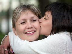 Czy relacja matki z córką może być trudniejsza niż z partnerem? Odpowiedź na to pytanie znajdziesz w naszym artykule: http://www.zyjintensywnie.pl/trudno-byc-nam-ze-soba/