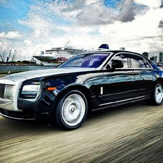 Rolls Royce Car for Rental in Miami by South Beach Exotic Rentals Rolls Royce Rental, Rolls Royce Cars, South Beach, Miami Beach, Rolls Royce Phantom, Exotic Cars, Luxury Cars