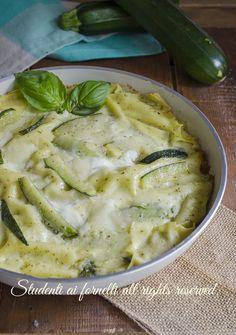 lasagne con zucchine pesto e stracchino in padella senza forno estate ricetta veloce facile gustosa