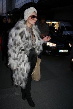 Catherine Baba Star Fashion, Fashion Beauty, Womens Fashion, Catherine Baba, Paris Lights, Pretty Outfits, Pretty Clothes, Vintage Bohemian, Hollywood Glamour