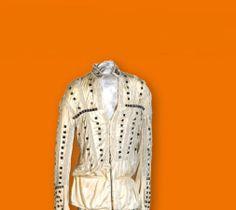 """Bühnenoutfit von Michael Jackson zur """"Destiny""""-Tour - noch bis zum 15. Juni 2014 in der Völklinger-Hütte in der Ausstellung """"Generation Pop"""" - 80er Jahre Ikonen."""