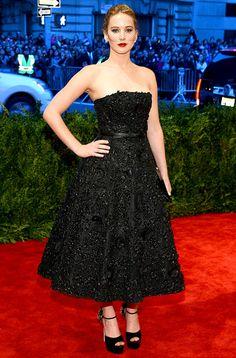 Jennifer Lawrence in a Christian Dior strapless black dress at the 2013 Met Gala!