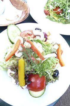 Cafe Wintergarten im Literaturhas, Berlin- great salads