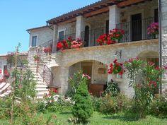 #Abruzzo, esterno #agriturismo, #Abbateggio, #Majella,  www.borgosanmartino.eu