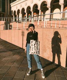 Modern Hijab Fashion, Street Hijab Fashion, Hijab Fashion Inspiration, Muslim Fashion, Ootd Fashion, Fashion Outfits, Casual Hijab Outfit, Ootd Hijab, Ootd Poses