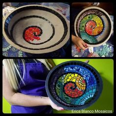 Mosaiquismo Mosaic Birdbath, Mosaic Vase, Mosaic Tile Art, Mosaic Artwork, Mosaic Garden, Mosaic Crafts, Mosaic Projects, Mosaic Mirrors, Flower Pot Crafts