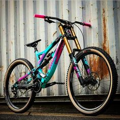 Forks for mountain biking and dirt jump riding are different an… Dirt jump forks. Forks for mountain Bmx Bikes For Sale, Cool Bikes, Fully Bike, Montain Bike, Mountain Biking Women, All Mountain Bike, Mt Bike, Best Bmx, Downhill Bike